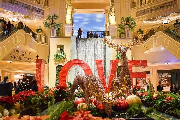 the venetian christmas las vegas
